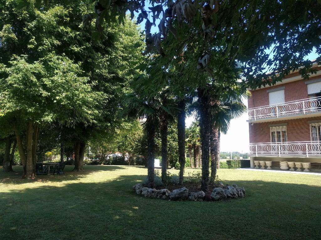 CASA SINGOLA in zona Roncolo a Quattro Castella