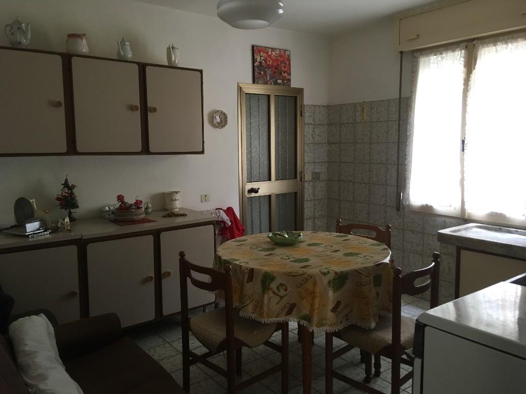 CASA SINGOLA in zona Rivalta a Reggio Emilia