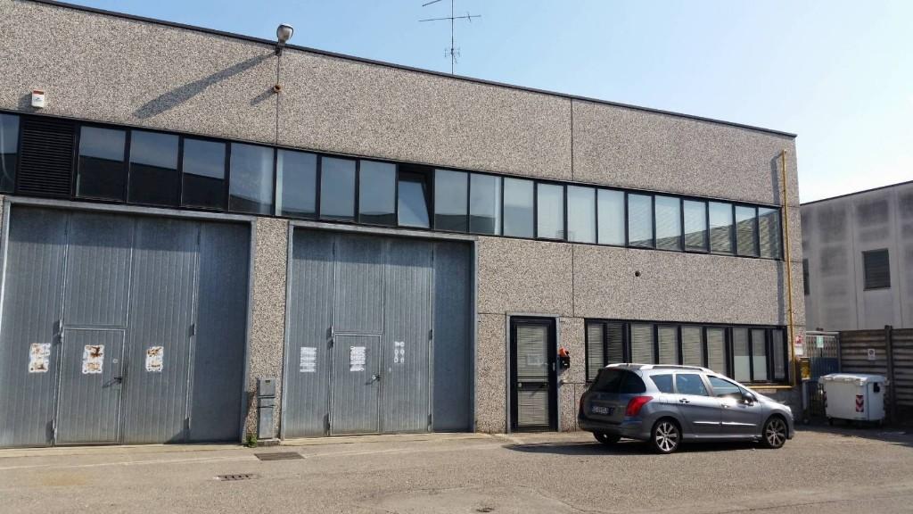CAPANNONE in zona Pieve Modolena a Reggio Emilia