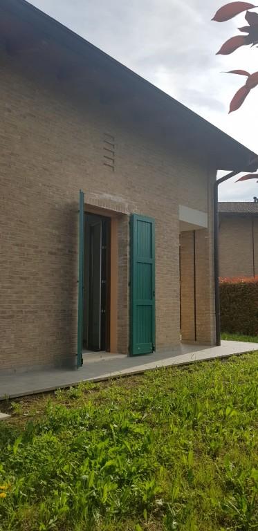 SCHIERA D'ANGOLO in zona Botteghe a Albinea
