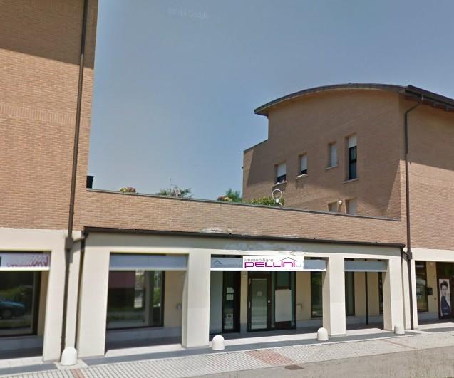 NEGOZIO in zona Baragalla a Reggio Emilia